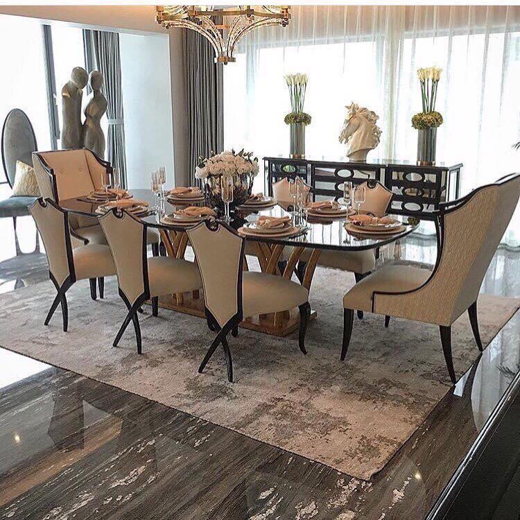 Bộ bàn ăn phong cách tân cổ điển