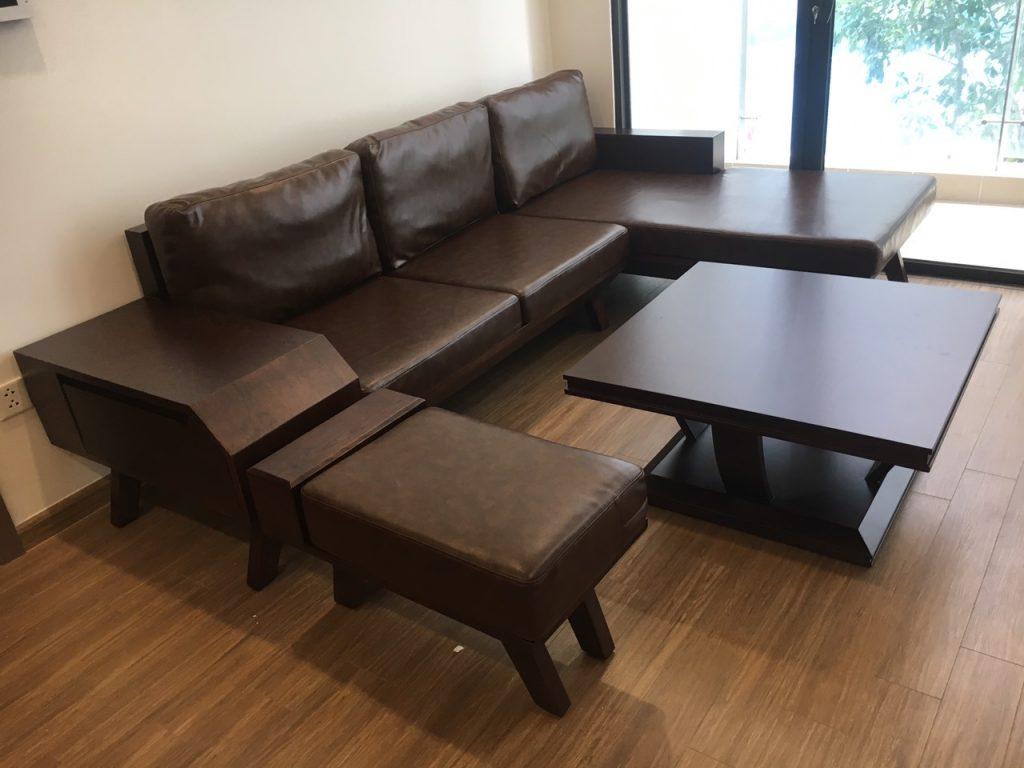 Sofa, bàn trà khung gỗ sồi tự nhiên, sơn màu gỗ óc chó mộc mạc, ấm cúng
