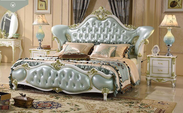 Mẫu giường phòng ngủ phong cách cổ điển sang trọng