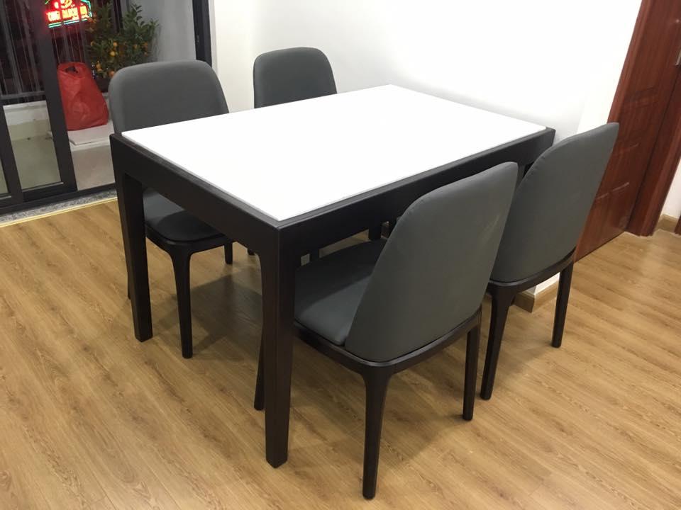 Bộ bàn ăn Ziggy mặt đá 4 ghế nhỏ gọn, hiện đại và sang trọng