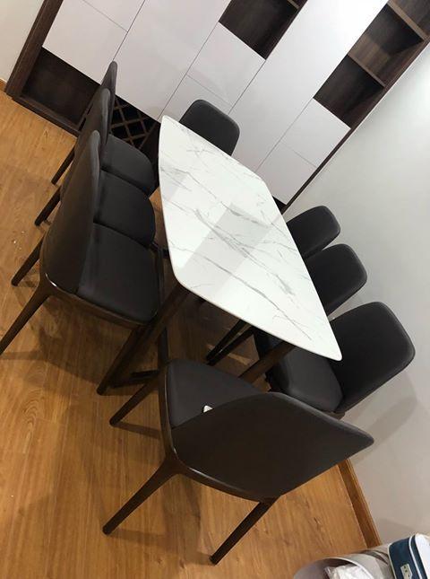 Bộ bàn ăn 8 ghế mặt đá mang phong cách hiện đại , sang trọng