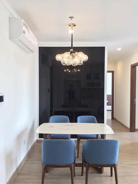 Bộ bàn ăn mặt đá 4 ghế hiện đại, sang trọng