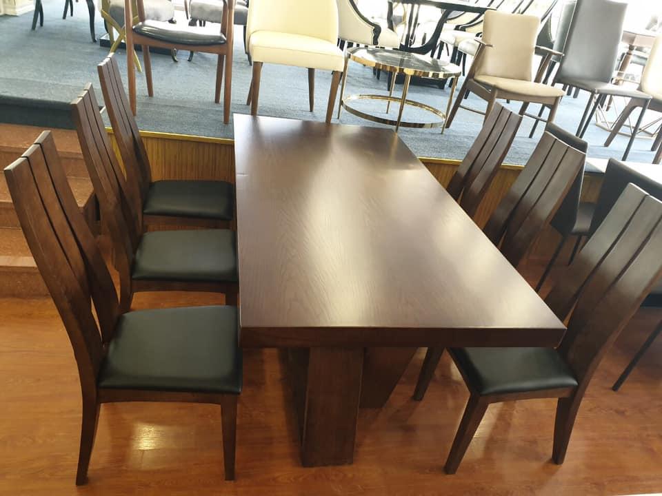Bộ bàn ghế ăn gỗ sồi tự nhiên kết hợp mặt veneer cốt chống ẩm