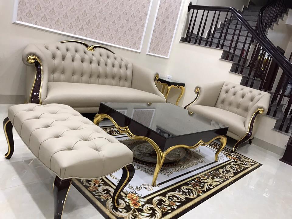 Bộ sofa CG gồm 1 văng, 1 ghế đơn, 1 đôn và 1 bàn trà sang trọng và đẳng cấp