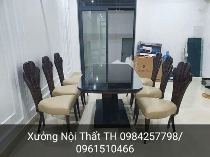 Bộ bàn ghế ăn CG lưng quạt điểm nhấn thu hút không gian phòng ăn