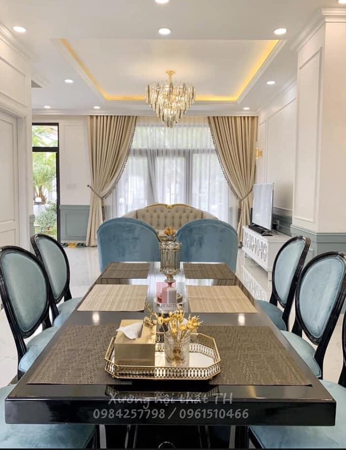 Bộ bàn ghế ăn phong cách bán cổ điển mang vẻ đẹp mềm mại, thanh lịch và sang chảnh