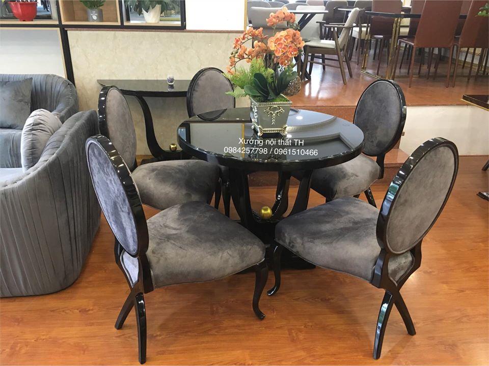 Bộ bàn ăn tròn 5 ghế gọn gàng, nhẹ nhàng và tinh tế
