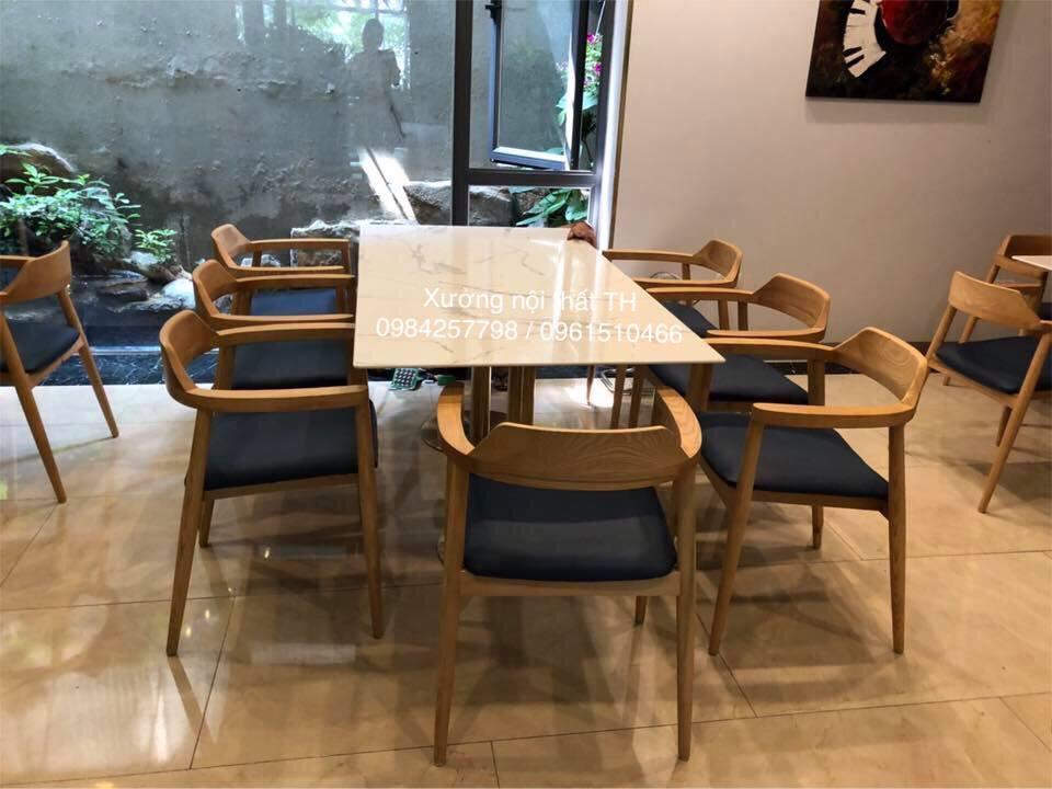 Bộ bàn ăn mặt đá kích thước rộng cho 8 ghế