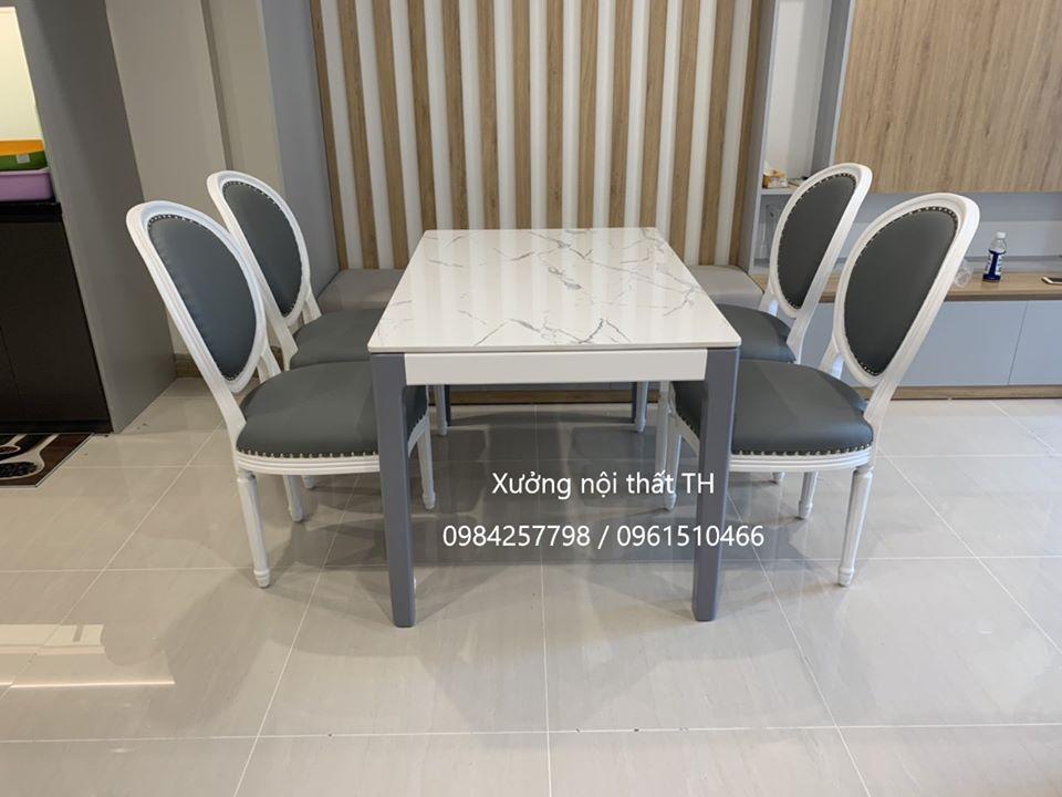 Bộ bàn ghế ăn Louis dành cho 4 người ngồi gọn gàng, sang trọng