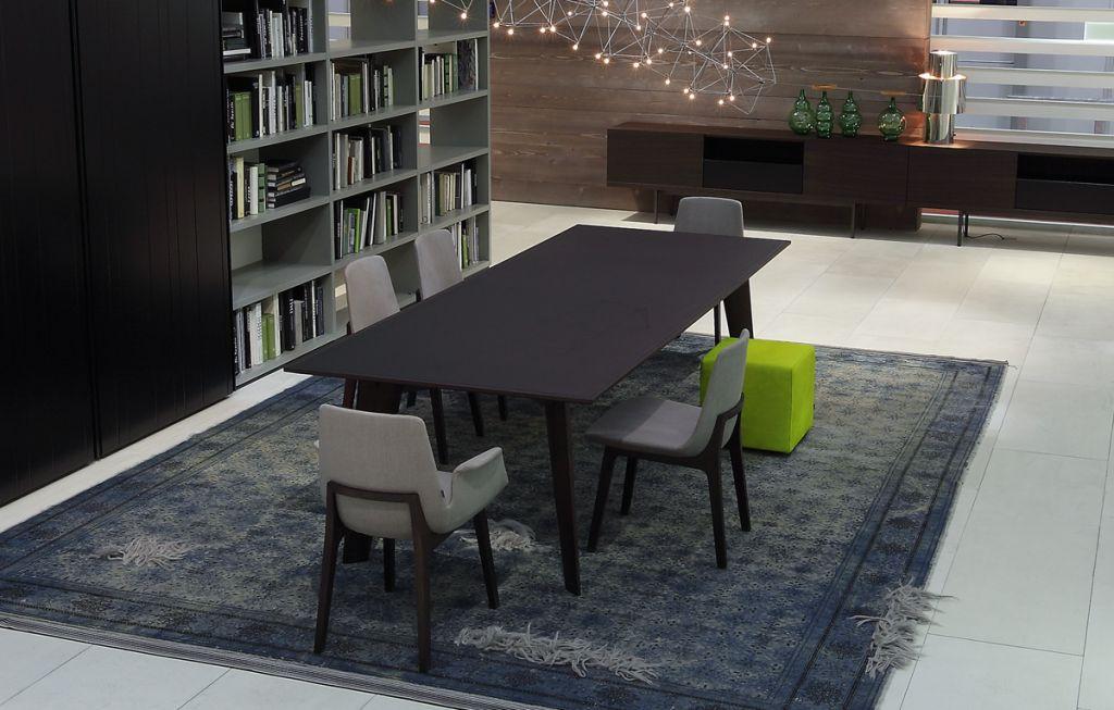 Mẫu bàn ghế ăn sang chảnh, hiện đại dành cho gia đình đông người