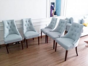 Nên chọn ghế bọc da hay bọc nỉ cho nội thất phòng ăn ?