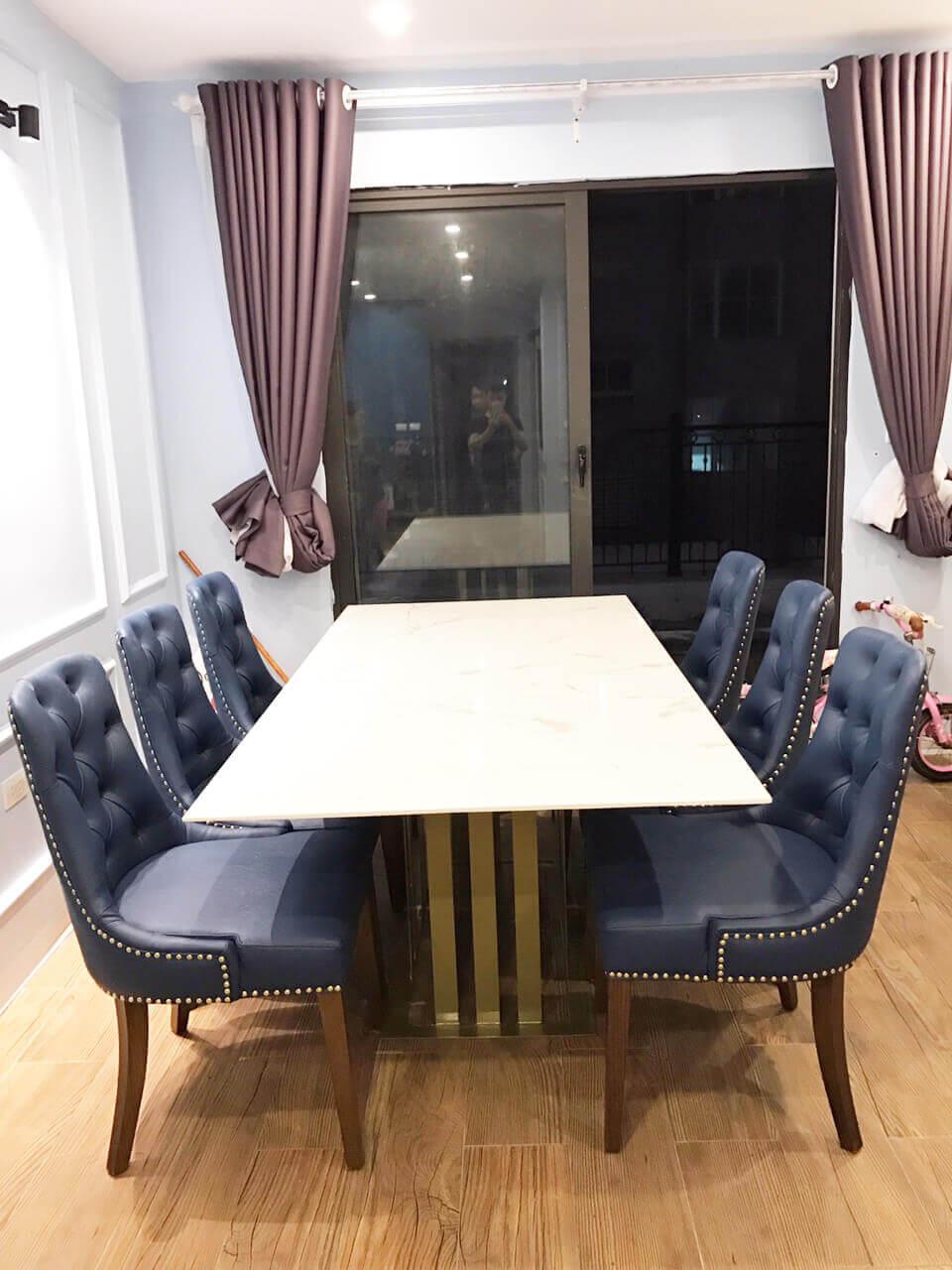 Bộ bàn ghế ăn Charles chất lượng hoàn mỹ