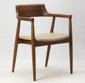 """""""Hô biến"""" ghế ăn cao cấp thành ghế cafe trong vòng một nốt nhạc"""