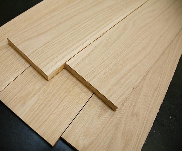 Chất liệu gỗ sồi tự nhiên