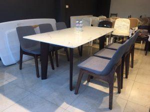 Bộ bàn ăn 6 ghế mặt đá – sự tối giản của những đường nét, phong cách thiết kế
