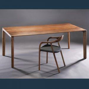 Mẫu ghế ăn gỗ Neva bọc nệm, khiến nhiều gia chủ phải mê tít khi ngắm nhìn và trải nghiệm