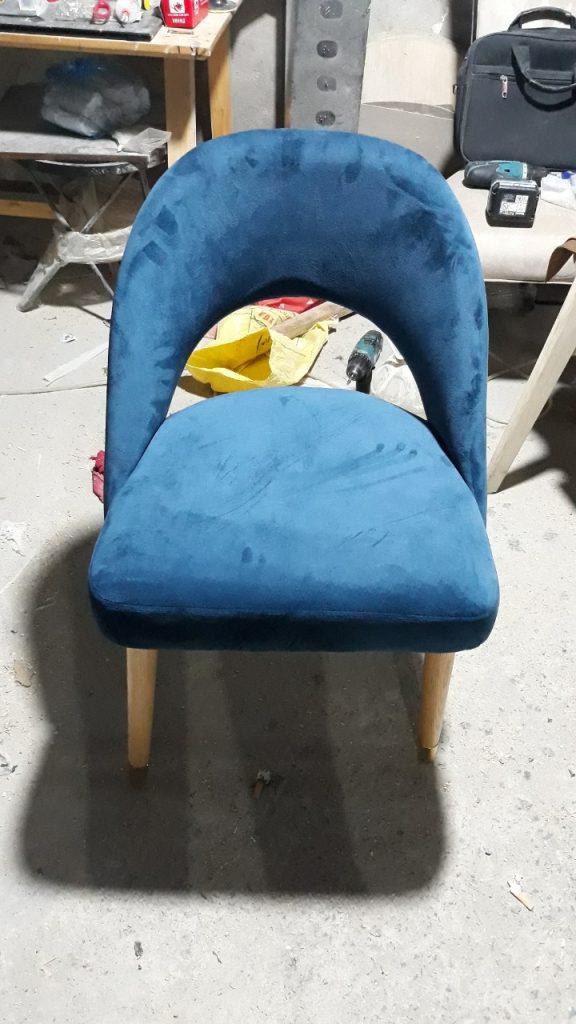 Ghế H2 hở lưng làm ghế trang điểm cho bé yêu đẹp hết ý