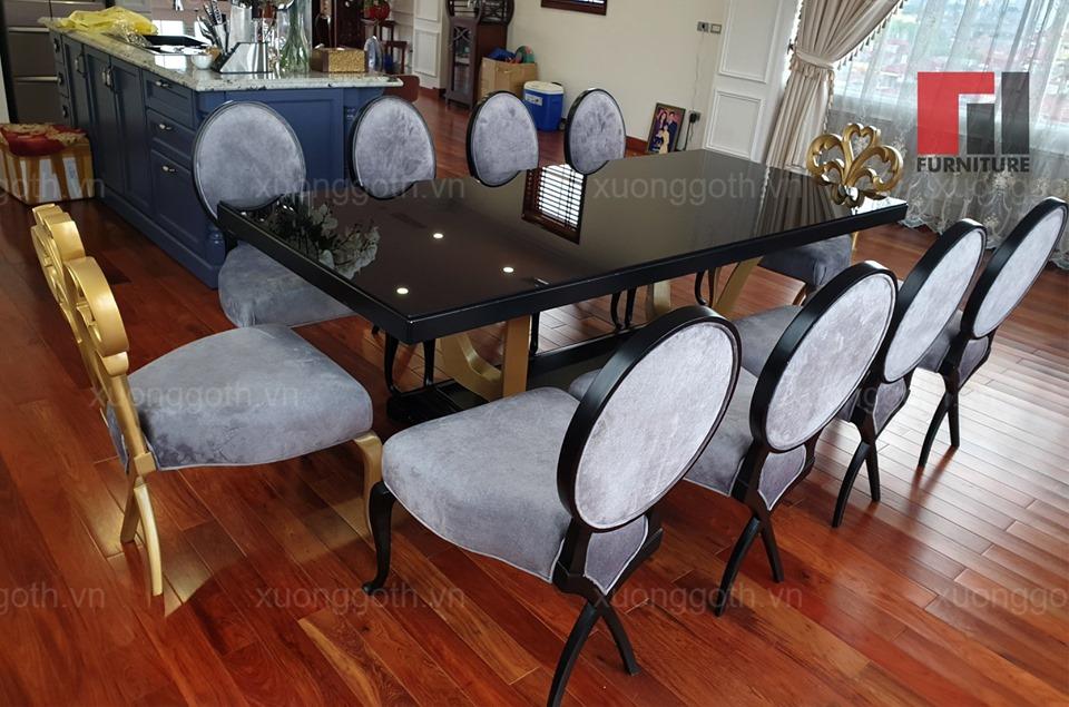 Bàn ghế ăn CG với lối thiết kế kết hợp hoàn mỹ giữa các đường nét cổ điển với hơi thở đương đại